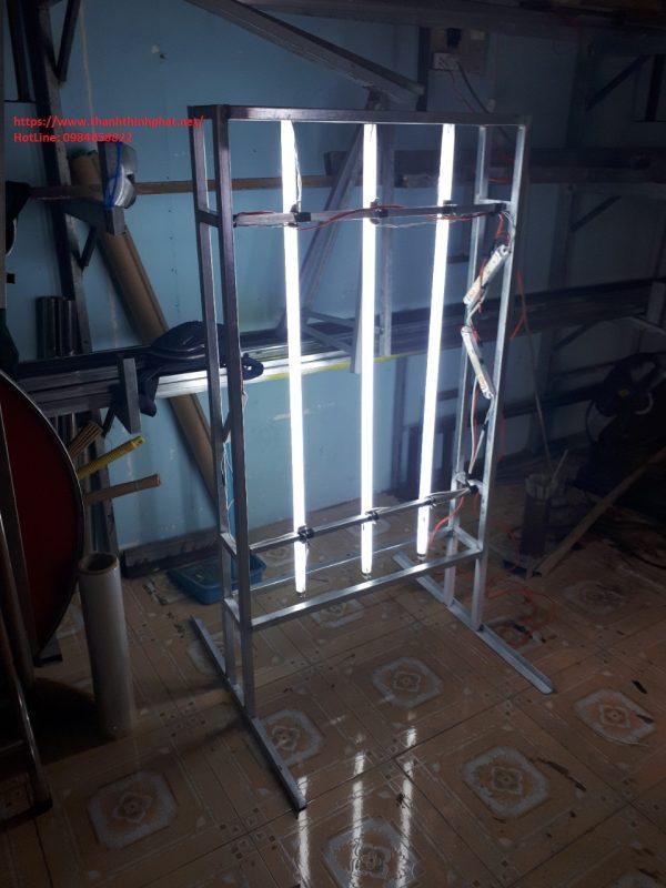 cấu tạo hộp đèn đứng thanh thịnh phát