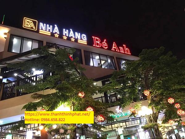 mẫu bảng hiệu đèn led nhà hàng