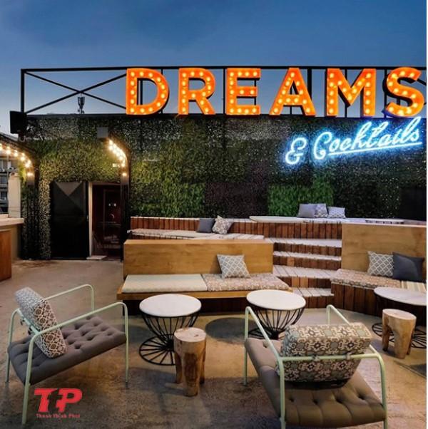 phong cách thiết kế quán cafe sân thượng