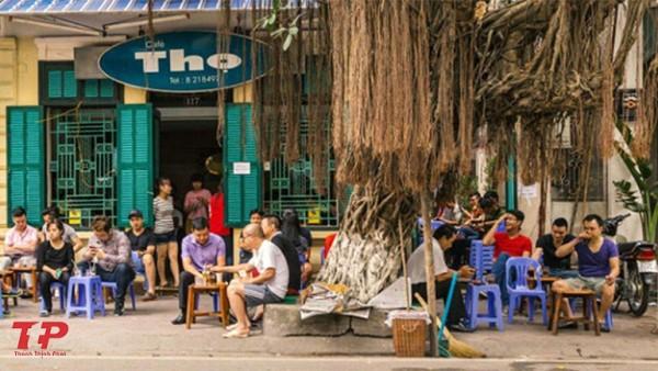 Bảng hiệu quán cafe bệt